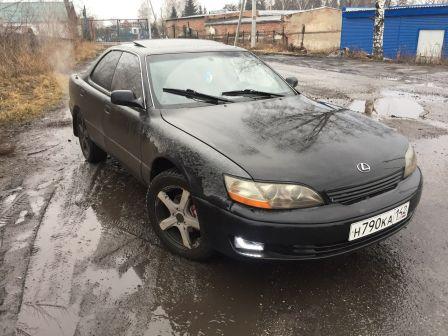 Lexus ES300 1996 - отзыв владельца