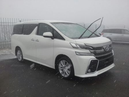 Toyota Vellfire 2015 - отзыв владельца