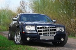 Воронеж Chrysler 300C 2004