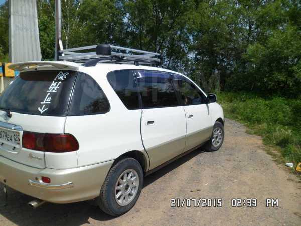 Toyota Ipsum, 1999 год, 285 000 руб.
