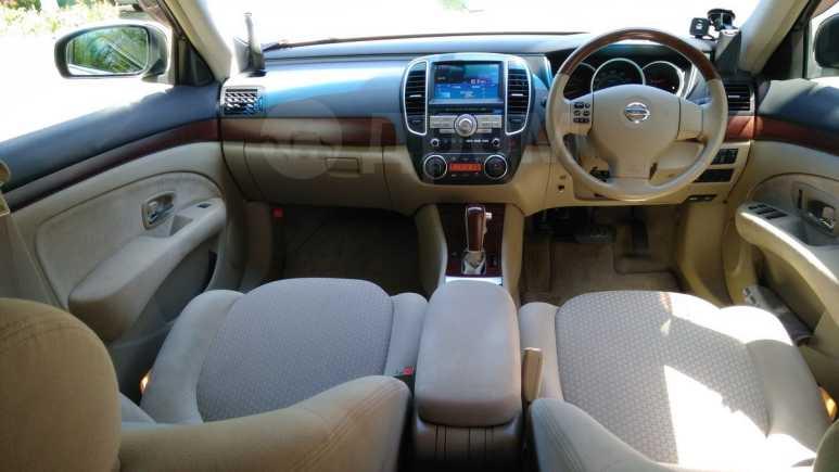 Nissan Bluebird Sylphy, 2010 год, 560 000 руб.
