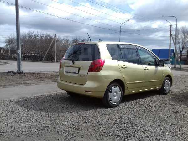 Toyota Corolla Spacio, 2001 год, 377 000 руб.
