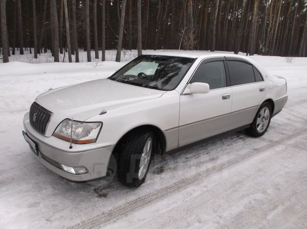 Toyota Crown, 2001 год, 330 000 руб.