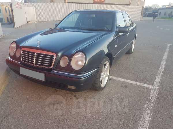 Mercedes-Benz E-Class, 1997 год, 295 000 руб.