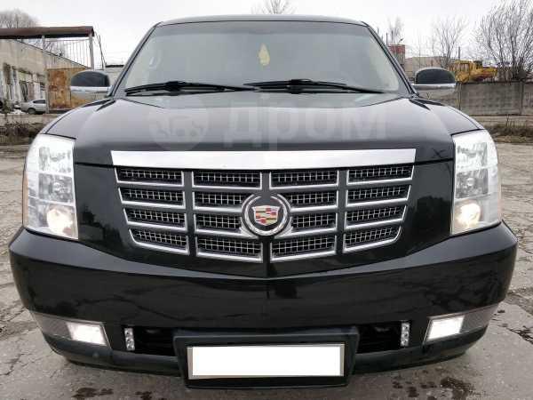 Cadillac Escalade, 2011 год, 1 540 000 руб.