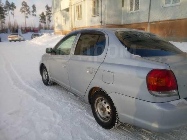 Toyota Platz, 2003 год, 210 000 руб.