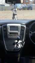 Toyota Alphard, 2002 год, 705 000 руб.