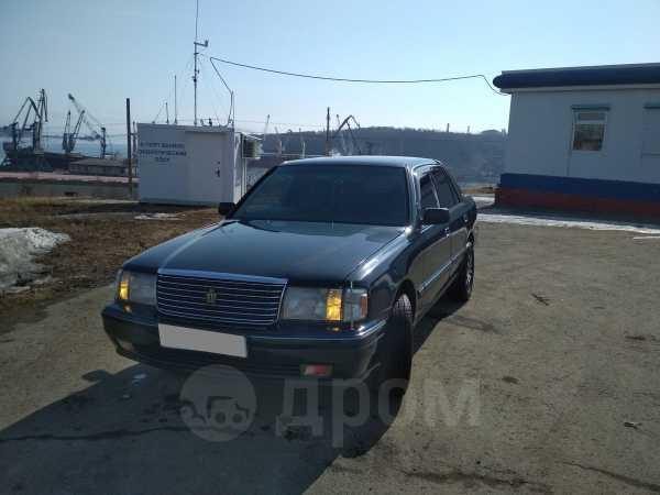 Toyota Crown, 1996 год, 245 000 руб.