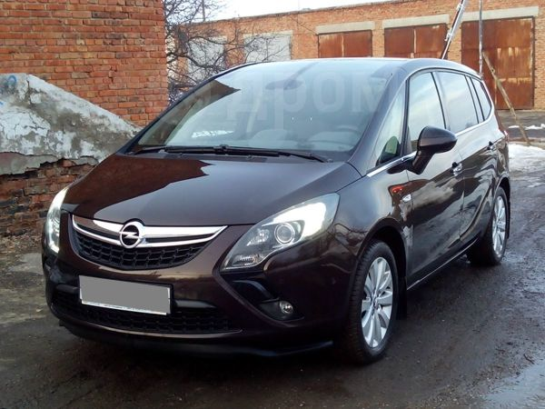 Opel Zafira, 2013 год, 930 000 руб.