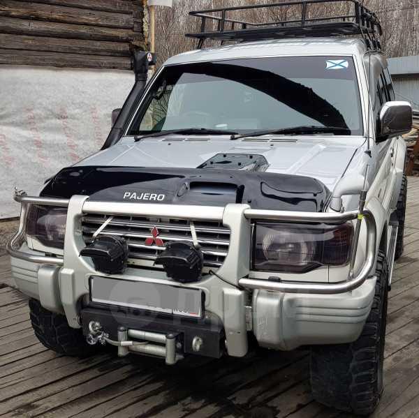 Mitsubishi Pajero, 1994 год, 555 000 руб.