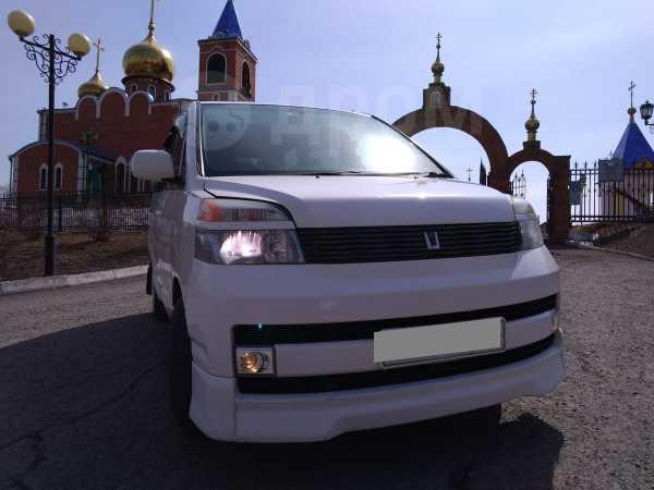 Toyota Voxy, 2002 год, 320 000 руб.