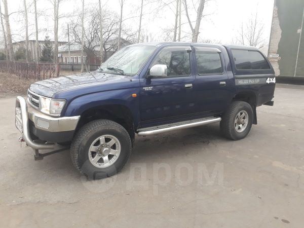 Toyota Hilux Pick Up, 1998 год, 480 000 руб.