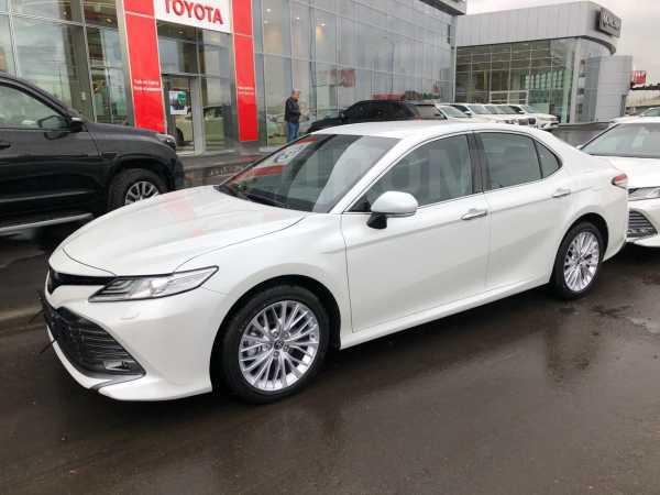 Toyota Camry, 2019 год, 2 126 000 руб.