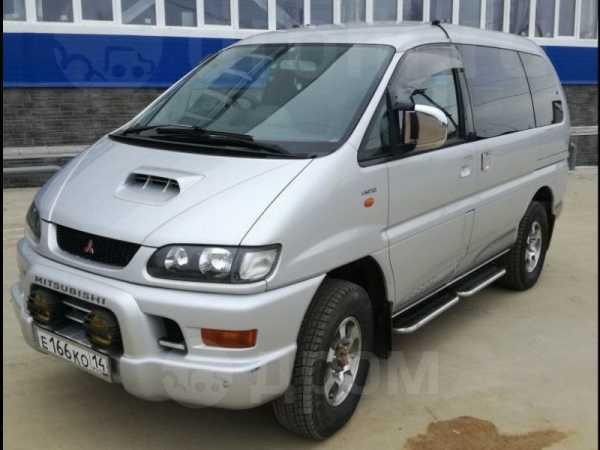 Mitsubishi Delica, 2002 год, 620 000 руб.