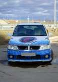 Nissan Bassara, 2001 год, 305 000 руб.
