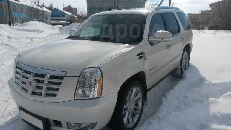 Cadillac Escalade, 2011 год, 1 600 000 руб.