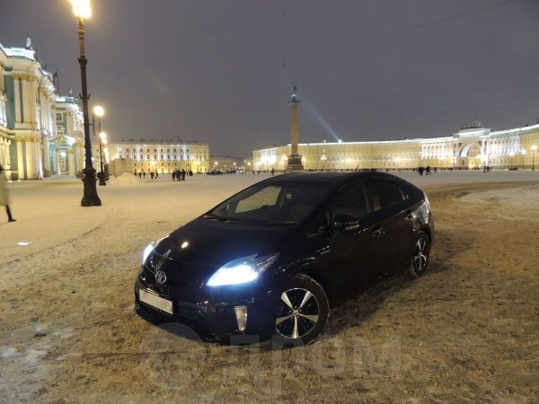 Toyota Prius, 2012 год, 1 159 990 руб.