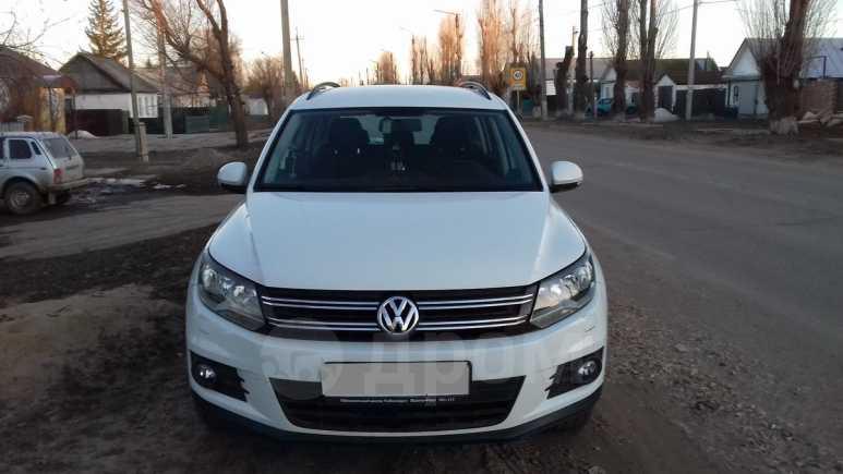 Volkswagen Tiguan, 2014 год, 950 000 руб.