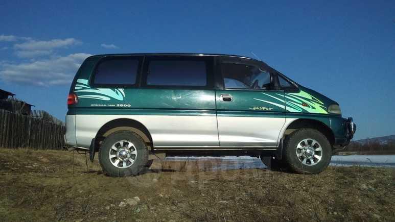 Mitsubishi Delica, 1998 год, 450 000 руб.