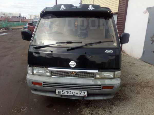 Nissan Caravan, 1989 год, 250 000 руб.