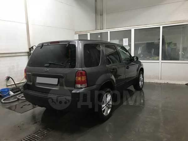 Ford Escape, 2004 год, 300 000 руб.