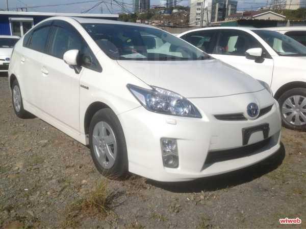 Toyota Prius, 2011 год, 1 111 111 руб.