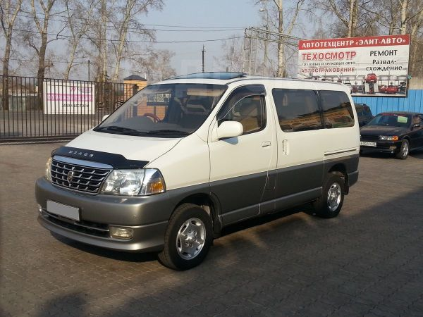 Toyota Grand Hiace, 2000 год, 650 000 руб.