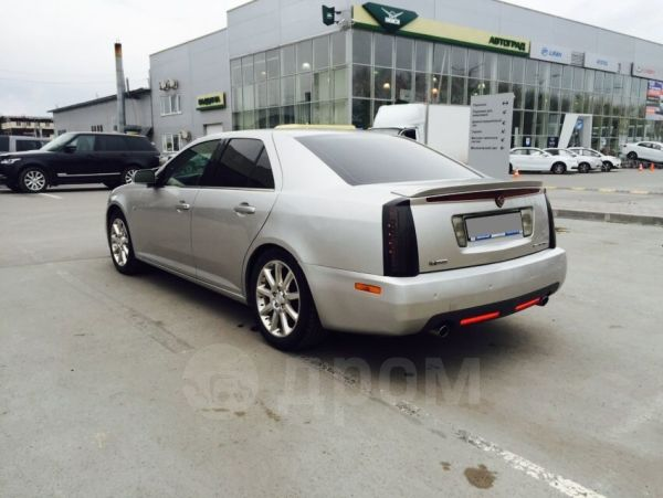 Cadillac STS, 2005 год, 450 000 руб.