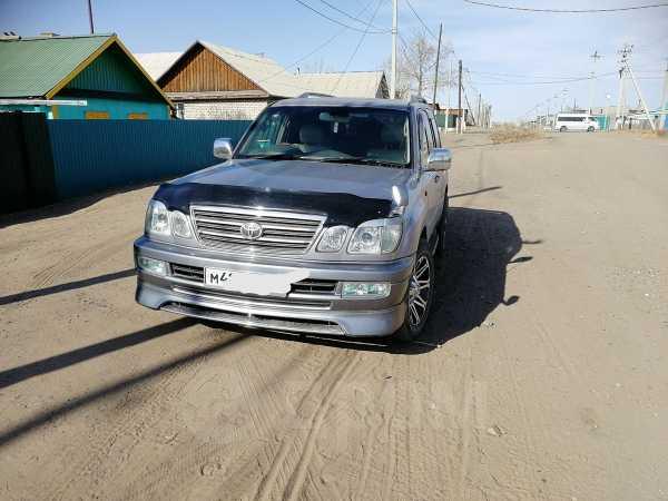 Toyota Land Cruiser Cygnus, 2003 год, 1 270 000 руб.
