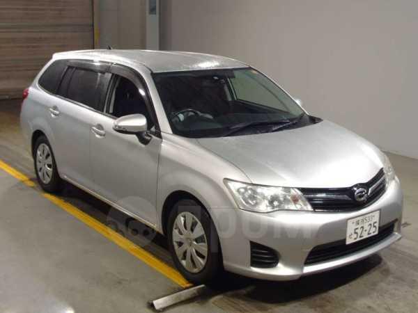Toyota Corolla Fielder, 2013 год, 690 000 руб.