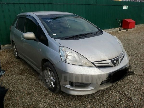 Honda Fit Shuttle, 2012 год, 560 000 руб.