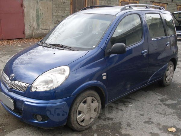 Toyota Yaris, 2005 год, 410 000 руб.