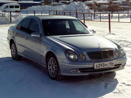 Mercedes-Benz E-Class 2004 - отзыв владельца
