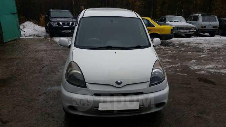 Toyota Funcargo, 2001 год, 175 000 руб.
