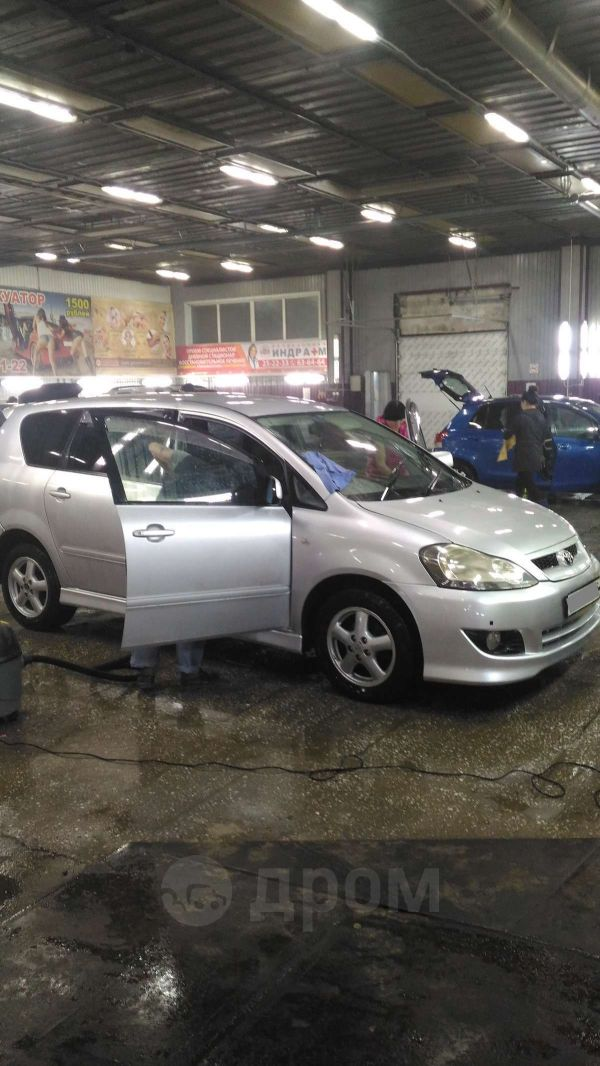 Toyota Ipsum, 2004 год, 495 000 руб.