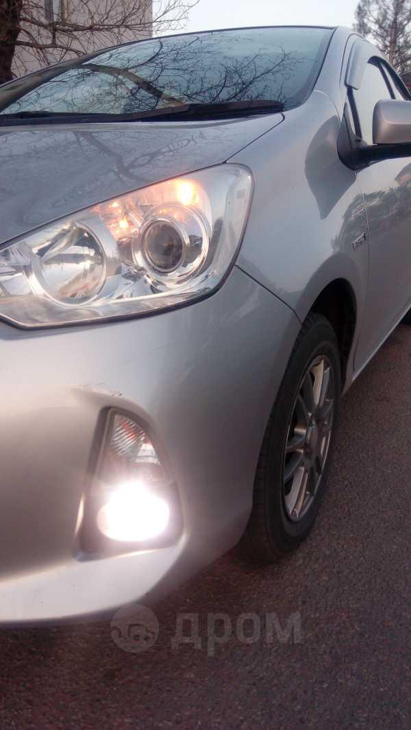 Toyota Aqua, 2012 год, 535 000 руб.