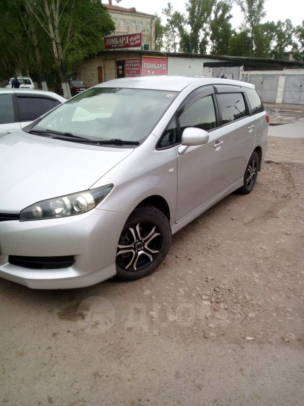 Toyota Wish, 2010 год, 810 000 руб.