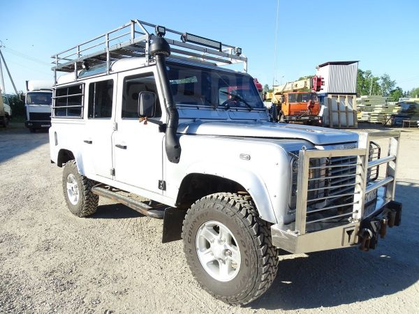 Land Rover Defender, 2003 год, 607 000 руб.