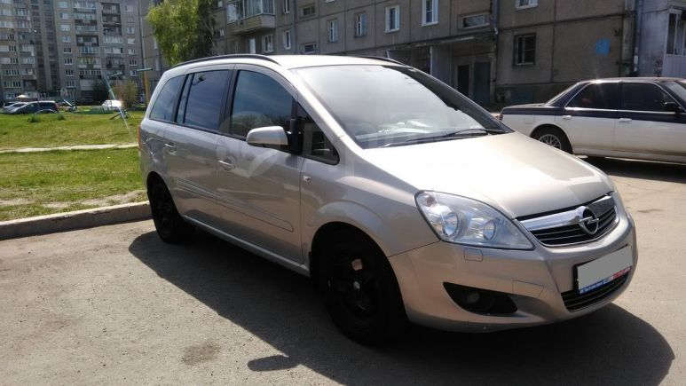 Opel Zafira, 2008 год, 400 000 руб.