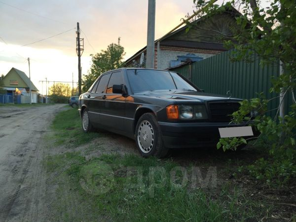 Mercedes-Benz 190, 1990 год, 200 000 руб.
