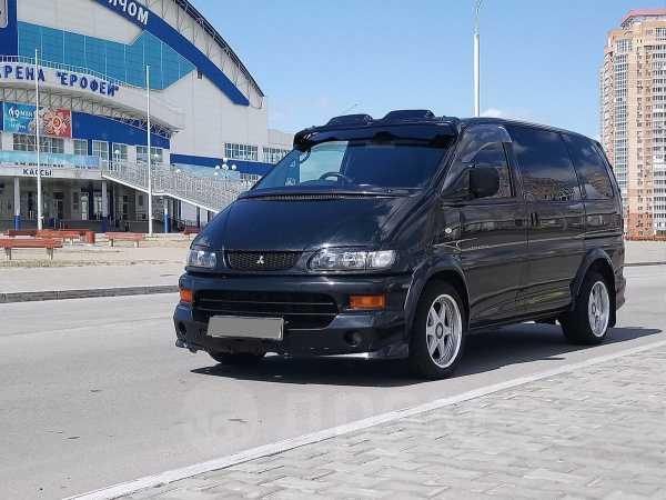 Mitsubishi Delica, 1998 год, 435 000 руб.
