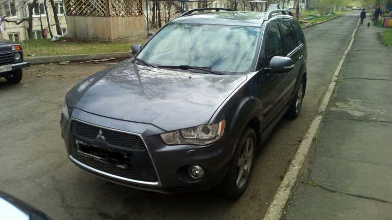 Mitsubishi Outlander, 2012 год, 915 000 руб.