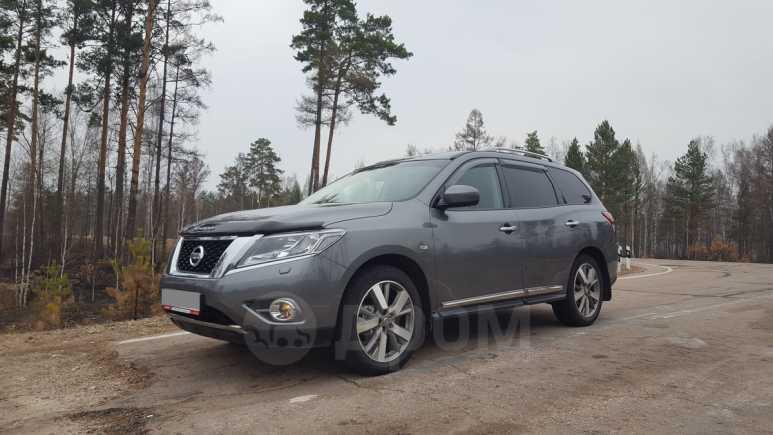 Nissan Pathfinder, 2015 год, 1 700 000 руб.