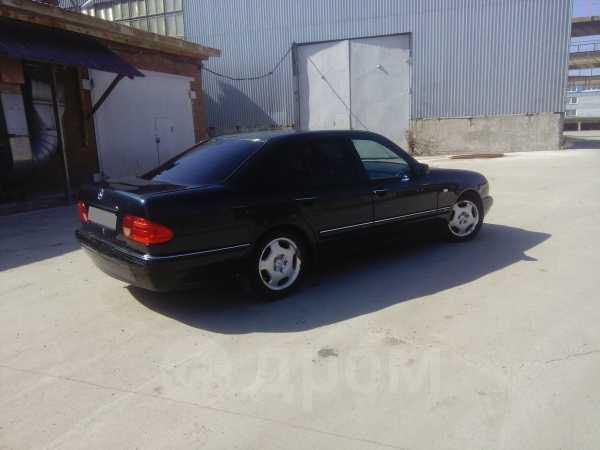 Mercedes-Benz E-Class, 1995 год, 235 000 руб.