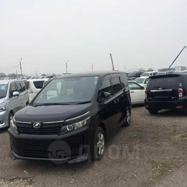 Toyota Voxy, 2015 год, 1 130 000 руб.