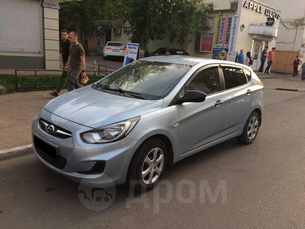 Hyundai Solaris, 2012 год, 330 000 руб.