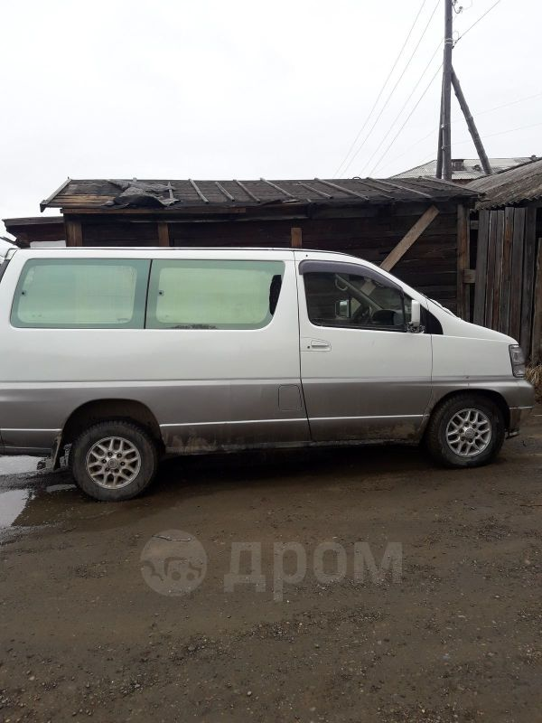 Nissan Caravan Elgrand, 1989 год, 300 000 руб.