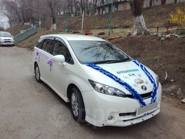 Toyota Wish, 2009 год, 670 000 руб.