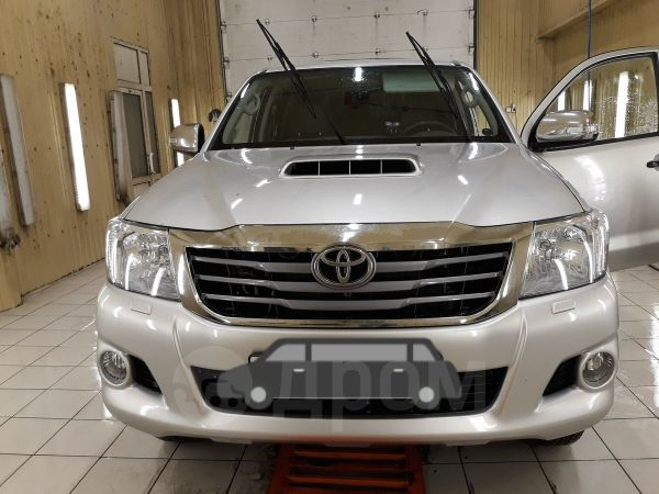 Toyota Hilux Pick Up, 2011 год, 1 100 000 руб.