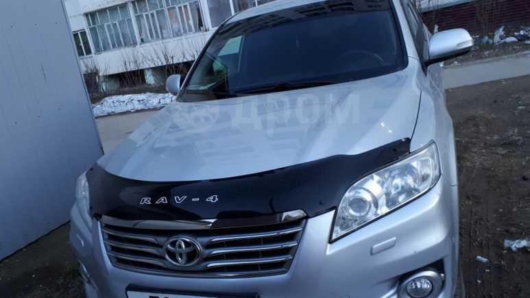 Toyota RAV4, 2010 год, 925 000 руб.